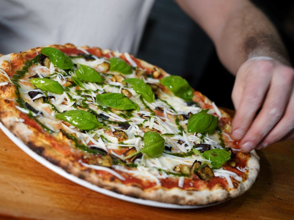 pizza-siciliana-pizzeria-divina